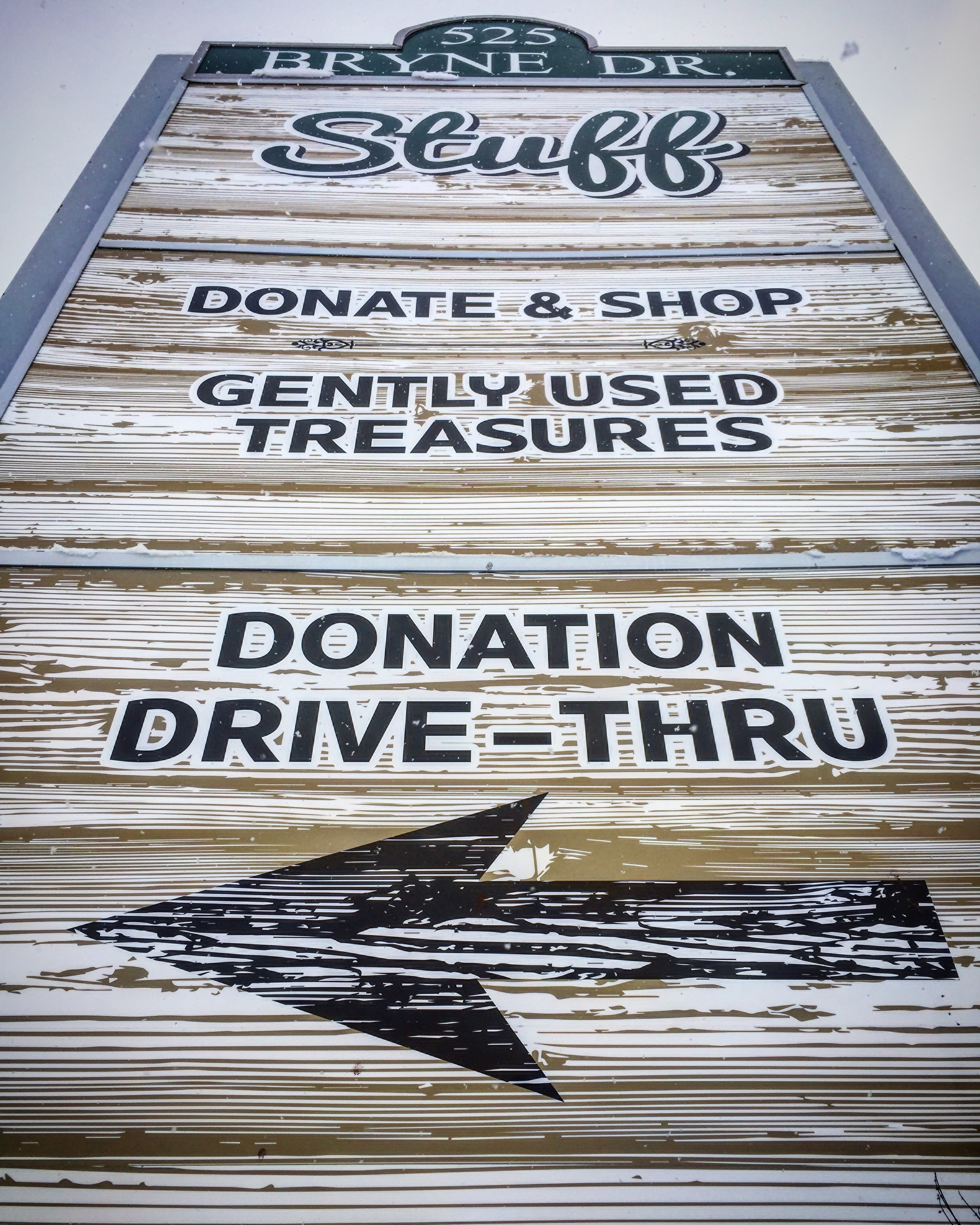 StuffShoppe | Gently Used Treasures
